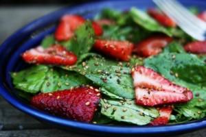 fresas-espinacas-salud-dental