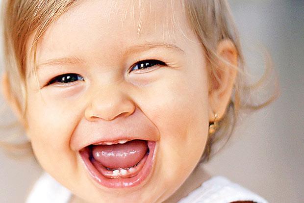 Si tienes dudas sobre el proceso de la dentición, consulta al especialista. Fuente foto: www.guiaintantil.com